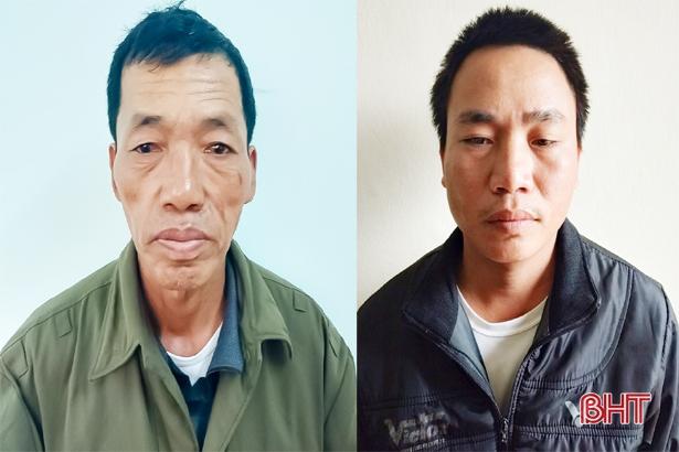 Từ trái sang: Trần Ngọc Mạnh và Trần Hữu Văn.