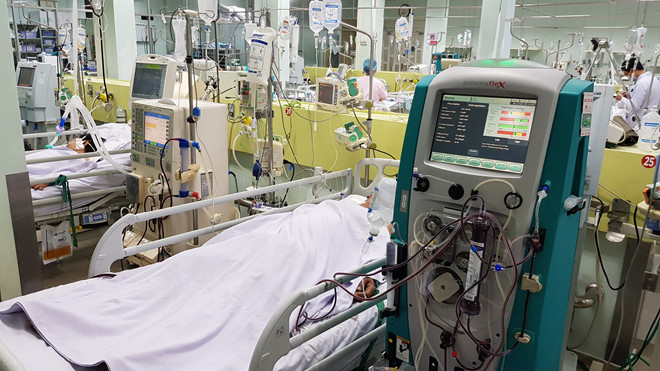 Một trường hợp bệnh nhân ngộ độc rượu, mặc dù được điều trị tích cực, lọc máu nhưng vẫn không qua khỏi.
