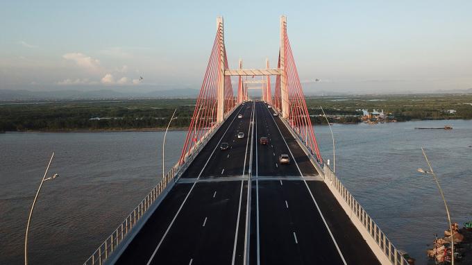 Cầu Bạch Đằng và tuyến cao tốc Hạ Long – Hải Phòng thông xe đầu tháng 9/2018.