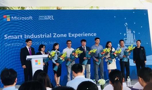 Saigontel Microsoft Việt Nam và Tech Data hợp tác chiến lược đẩy mạnh chuyển đổi số