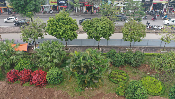 Lãnh đạo Sở Xây dựng cho biết, với dự án này, thành phố yêu cầu cao hơn về quy hoạch cảnh quan kiến trúc. Cây xanh được trồng mới trên tuyến phải đẹp như hệ thống cây ở đường Võ Chí Công - Võ Nguyên Giáp; đại lộ Thăng Long đoạn trước Trung tâm hội nghị quốc gia.