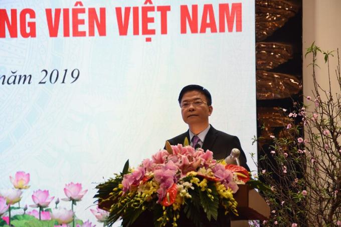 Bộ trưởng Lê Thành Long nhắn gửi, các hội viên cần đoàn kết, trách nhiệm, phát huy những kết quả đã đạt được, chung tay tiếp tục đưa hoạt động công chứng đáp ứng yêu cầu của Đảng, Nhà nước và Nhân dân.