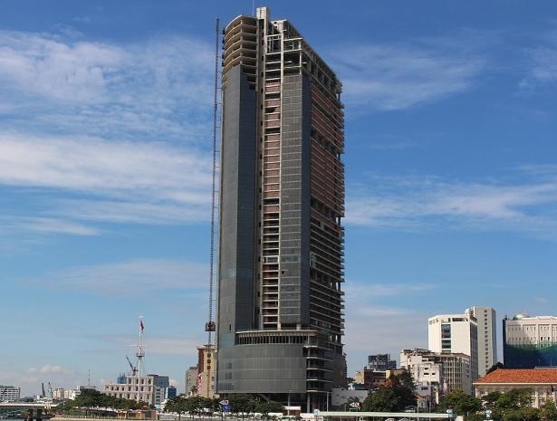 Saigon One Tower - biểu tượng cho những góc khuất gây ra nợ xấu ở Việt Nam.