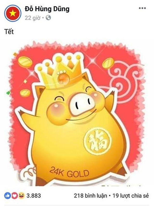 """Còn Đỗ Hùng Dũng đăng tải hình ảnh con giáp của năm nay trị giá """"24K Goid"""" chào năm mới."""