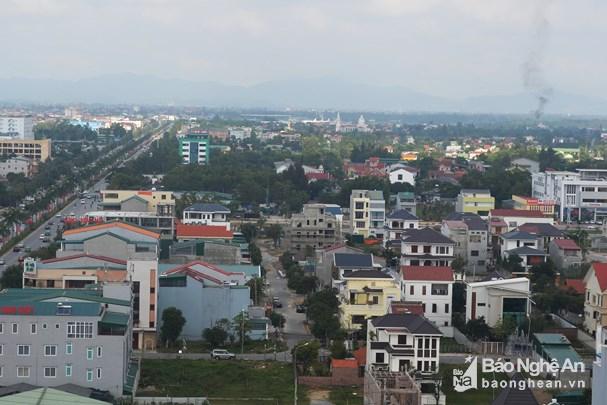 Khu vực Công ty TNHH thương mại Minh Khang thực hiện dự án xây dựng tổ hợp khách sạn, siêu thị kinh doanh Dược - Thiết bị vật tư y tế và nhà ở. Ảnh: Nhật Lân.