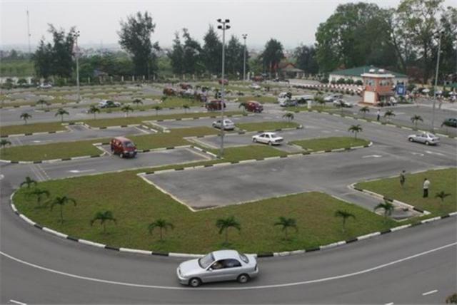 Bộ GTVT thanh tra việc đào tạo, sát hạch và cấp GPLX ở 13 tỉnh, thành (ảnh: Việt Hưng).