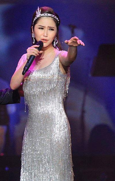 Liveshow của Hương Tràm đều được chơi nhạc sống