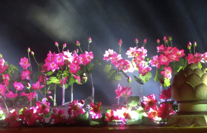 Chùm ảnh ấn tượng đêm khai mạc Festival nghề truyền thống Huế 2017