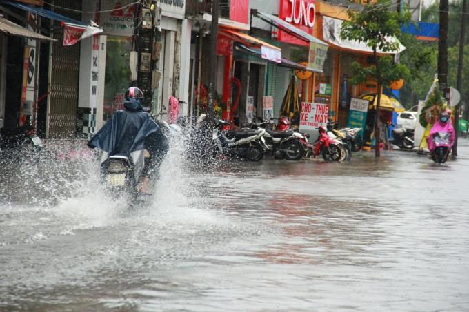 Tỉnh Thừa Thiên Huế trong một lần bị mưa lơn. (Ảnh: Hải Long)