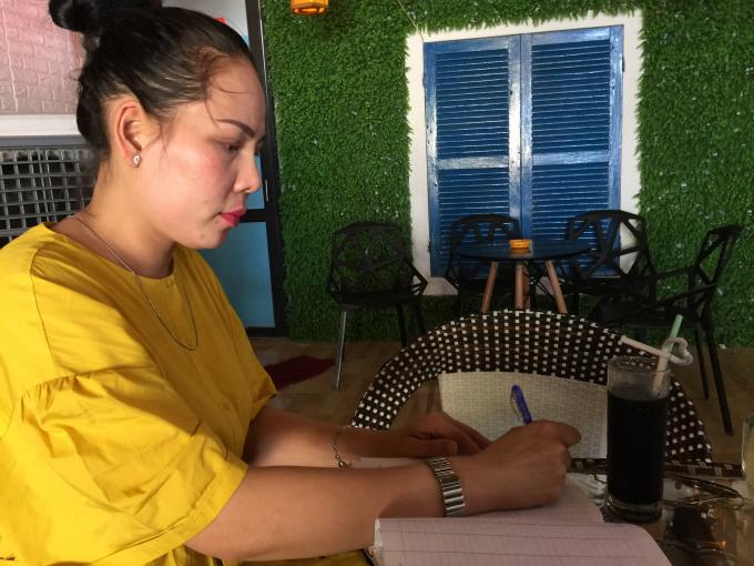 Bà Trần Thị Như Ý tố cáo bàL.T.K.Ch. mượn của bà Ý 8 tỷ 835 triệu rồi bỏ trốn.