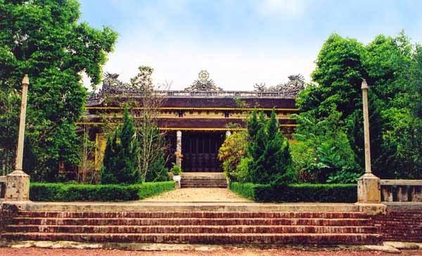 Chính diện chùa Báo Quốc ( ảnh internet )