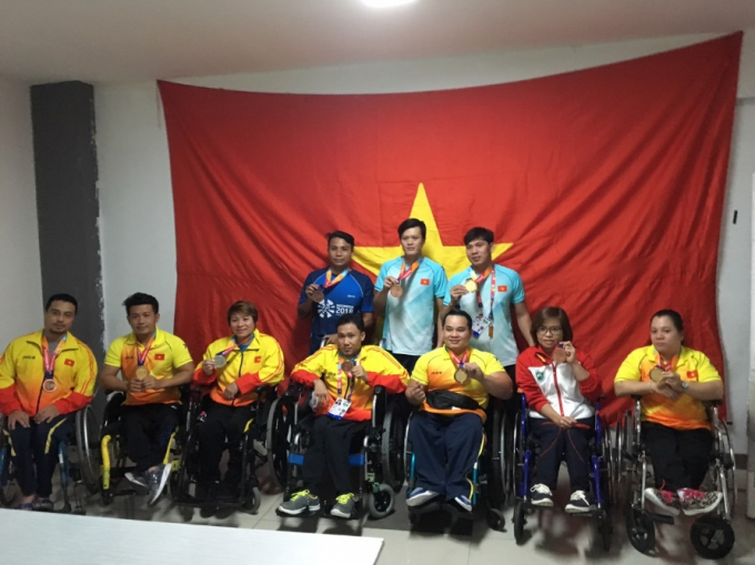 10 VĐV giành được huy chương đầu tiên tại Asian Para Games 2018 nhận thưởng nóng từ Herbalife Việt Nam