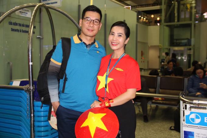 Gần 250 CĐV sẽ vượt hơn 5.400km từ Hà Nội đến Dubai trên chuyến bay thẳng đặc biệt của Vietnam Airlines để tiếp thêm sức mạnh cho đội tuyển Việt Nam.