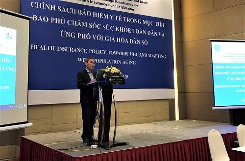Ông Phạm Lương Sơn, Phó Tổng giám đốc Bảo hiểm xã hội Việt Nam phát biểu khai mạc Hội thảo