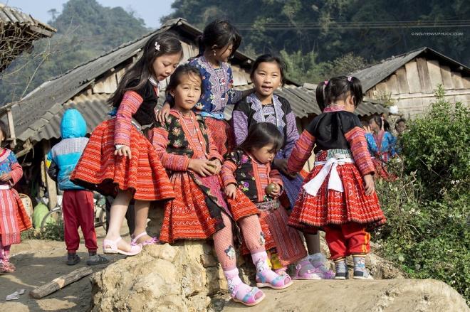 Điểm đặc biệt của Mộc Châu dịp cuối năm là không khí chuẩn bị và chơi Tết của đồng bào H'Mông diễn ra vào tháng 12 âm lịch hàng năm.