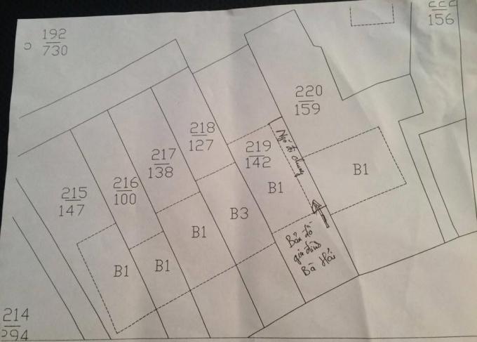 Bản đồ về thửa đất của gia đình bà Nguyễn Thị Hải có lối ngõ đi chung với các hộ gia đình.