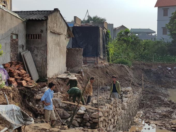 Công ty Hồng Trường thi công gây nứt nhà dân: Giám đốc Ban QLDA huyện Gia Lâm