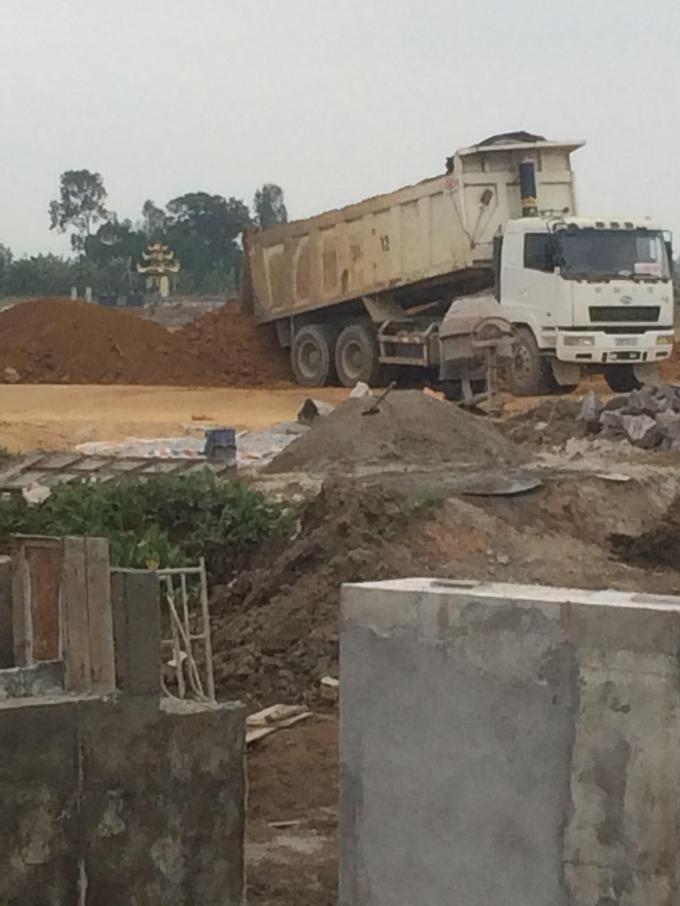 Đất đá từ dự án chống sạt lở núi được bán cho các công trình xây dựng trên địa bàn TP Hải Phòng.