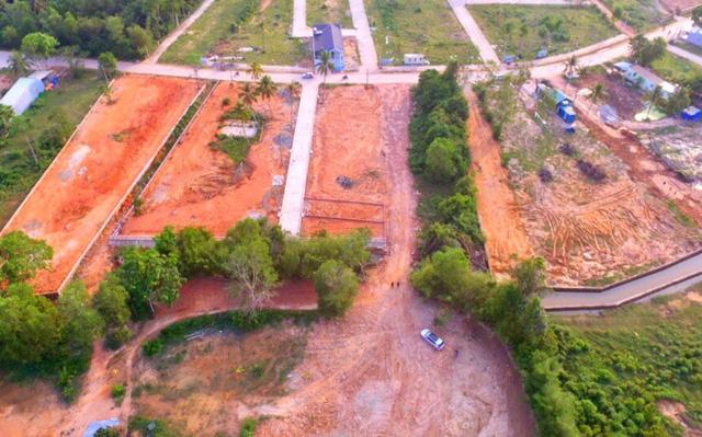 Từ sự buông lỏng quản lý về đất đai của UBND huyện Phú Quốc, nhiều cá nhân, tổ chức đã thi nhau băm nát đào Phú Quốc.