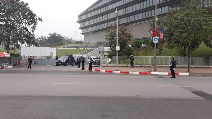 Cổng KSMarriot an ninh đang được siết chặt.