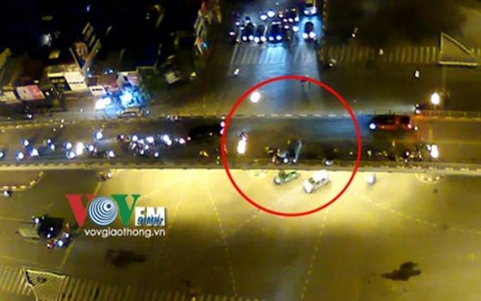 Hiện trường vụ tai nạn kinh hoàng ( Ảnh trích xuất từ camera của VOV giao thông)