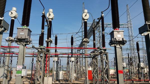 Biến điện áp ngăn 274 tại TBA 220 kV Châu Đốc đã được thay mới (ảnh: Xuân Vũ)