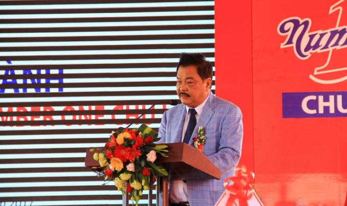 TS. Trần Quí Thanh, người sáng lập và điều hành tập đoàn Tân Hiệp Phát tuyên bố khánh thành nhà máy NGK Number One Chu Lai.