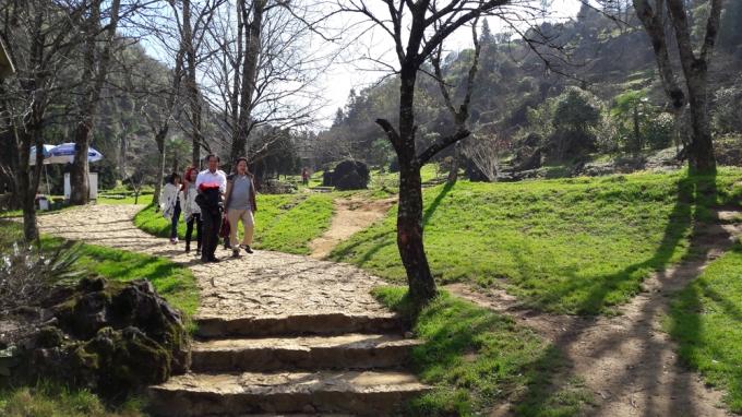 Những năm gần đây, khu du lịch Hàm Rồng tạo được nhiều dấu ấn trong lòng du khách.