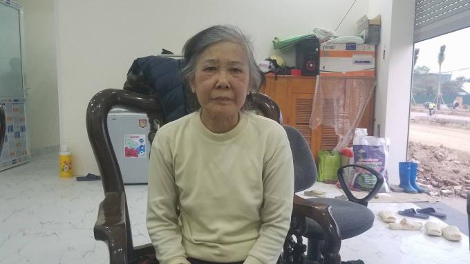 Bà Trần Thị Bé đề nghị lãnh đạo TP Hà Nội và lãnh đạo UBND quận Nam Từ Liêm xem xét lại các quyết định trên, tránh gây thiệt hại về tài sản và không đẩy gia đình phải ra đường.