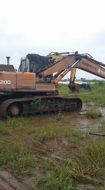 Các thiết bị bắt đầu gỉ sét sau lệnh cấm dừng sản xuất lò gạch của UBND tỉnh Hải Dương.