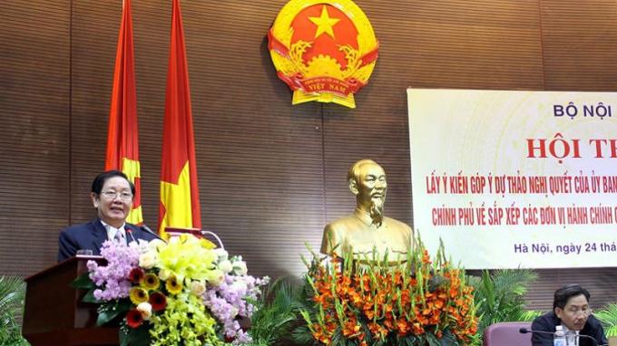 Bộ trưởng Lê Vĩnh Tân phát biểu tại Hội thảo.
