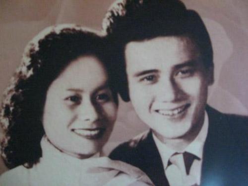 Sự ra đi của người vợ đã khiến nghệ sĩ Phạm Bằng sống trong hưu quạnh gần 15 năm.
