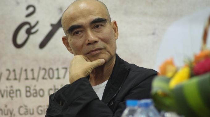 ( Đạo diễn Lưu Trọng Ninh trong buổi Giao lưu trực tuyến)