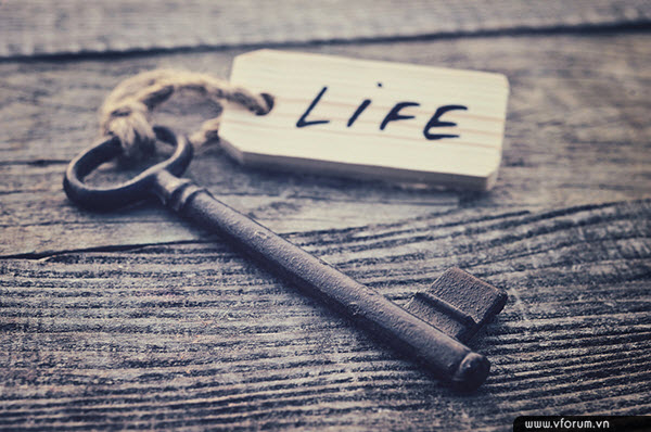 """Văn hào Prank A.Clark đã từng nói:""""Ai cũng muốn làm điều gì đó rất lớn lao, nhưng lại không nhận ra rằng cuộc sống được tạo thành từ những điều rất nhỏ""""."""