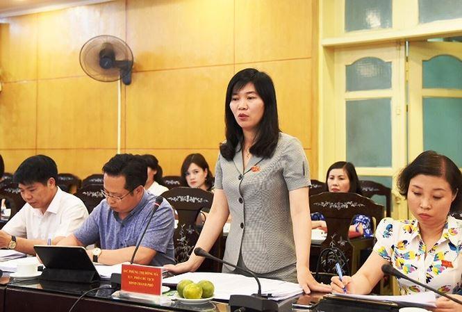 Đoàn giám sát HĐND Thành phố Hà Nội làm việc với quận Thanh Xuân. Nguồn ảnh: Báo Tiền Phong