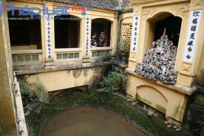 Về Hà Nam, ngắm ngôi đền thiêng hơn 7 thế kỷ