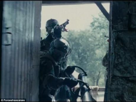 Quân Pháp đang tham chiến ở Iraq trong cuộc chiến chống khủng bố.