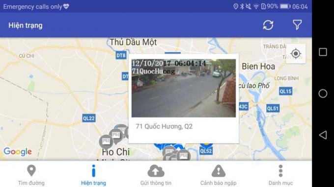 Khi chạm vào một biểu tượng màu xám bất kỳ, người dân có thể xem camera giám sát ngay khu vực đó theo thời gian thực để xem tình trạng ngập tại đoạn đường đó. Có rất nhiều camera giám sát được đặt trên các tuyến quan trọng.