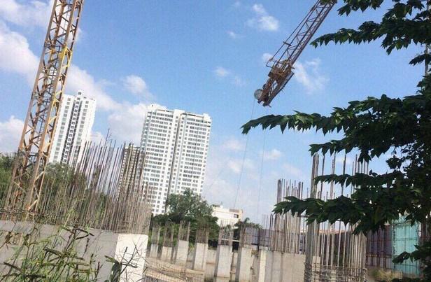 Dự án căn hộ tại số 339 đường Bông Sao (góc Tạ Quang Bửu) phường 5, quận 8 của Vạn Hưng Phát từng bị đối tác và khách hàng kiện ra tòa để đòi tiền