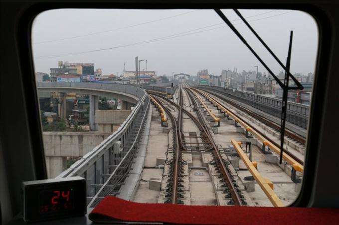 UBND TP.Hà Nội đề xuất cơ chế đặc thù để đầu tư xây dựng 3 tuyến đường sắt đô thị ưu tiên.Ảnh: HẢI NGUYỄN