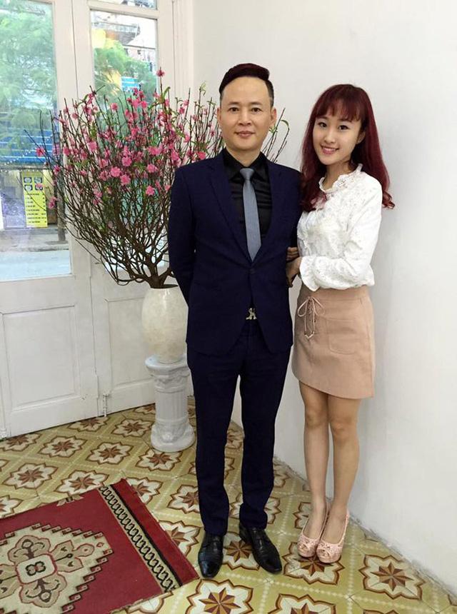 Diễn viên Tùng Dương và cô con gái chung với Hoa Thuý - nữ diễn viên trẻ Thiên Nga.