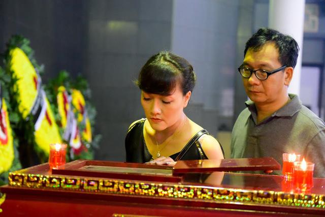 Diễn viên Vân Dung và NSƯT Đức Khuê.