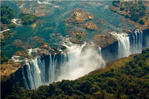 Tuyệt vời 5 thác nước tự nhiên đẹp nhất thế giới - 4
