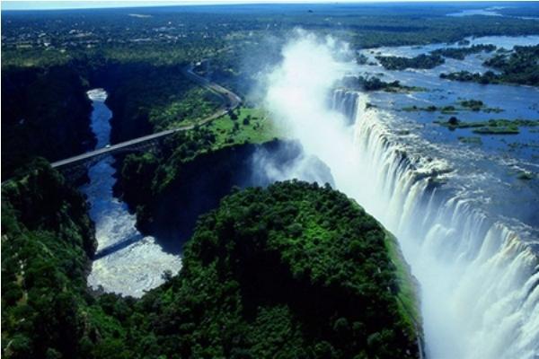 Tuyệt vời 5 thác nước tự nhiên đẹp nhất thế giới - 5