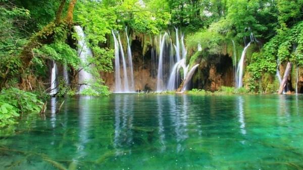 Tuyệt vời 5 thác nước tự nhiên đẹp nhất thế giới - 12