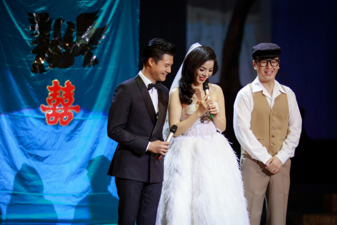 Lệ Quyên và Quang Dũng tổ chức đám cưới trên sân khấu Mùa thu vàng.