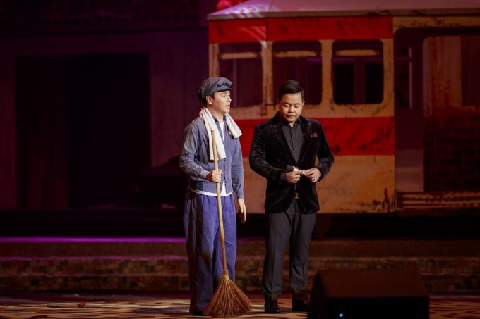 Quang Lê solo thành công những ca khúc như Ngày buồn, Em là tất cả, Chuyện hẹn hò.
