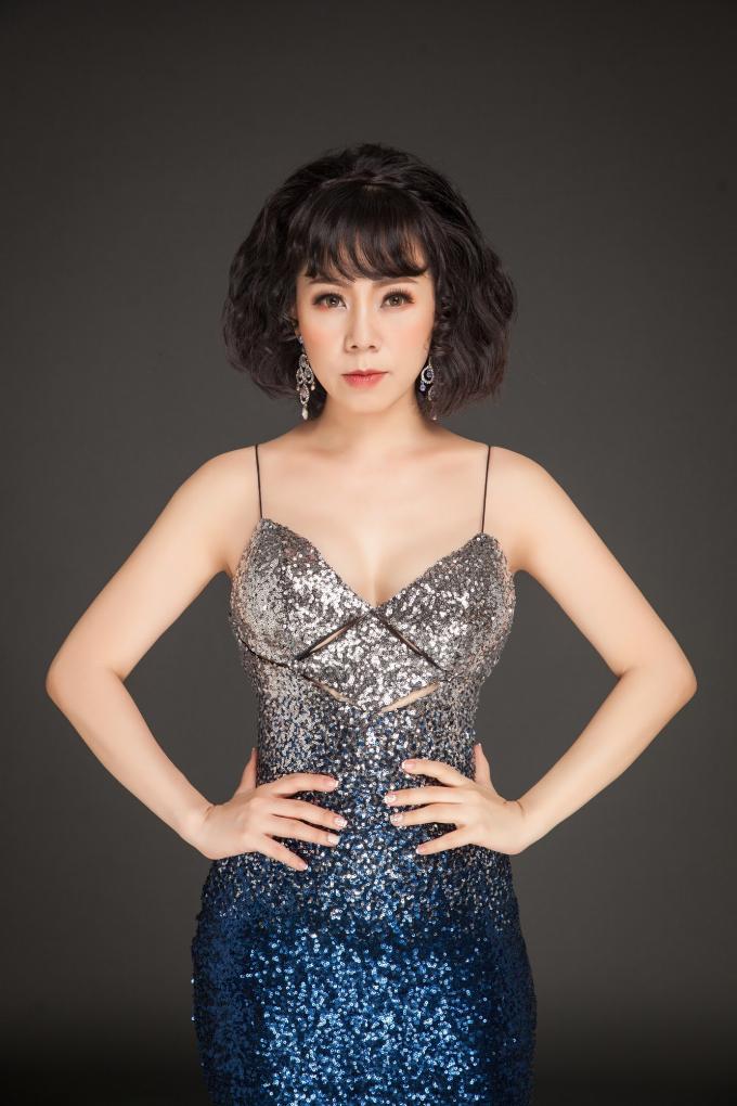"""Vợ cũ danh ca Duy Quang - ca sĩ Yến Xuân: Từ """"Công chúa nhạc Jazz"""" đến dòng nhạc Bolero"""