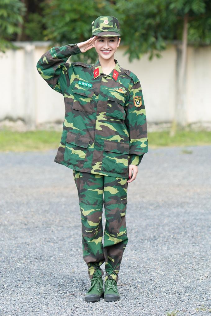 Hà Thu bất ngờ trở thành chiến sỹ phòng cháy chữa cháy