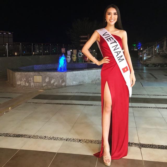"""Tường Linh """"nhận diện đối thủ"""" tại Hoa hậu Liên lục địa 2017"""